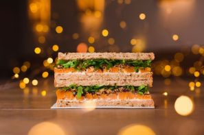 pret-veggie-christmas-lunch-sandwich-3-50-donates-50p-to-the-pft-1510053475